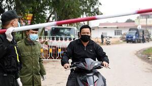 Vietnamda Kovid-19 salgını nedeniyle 10 bin kişinin yaşadığı bölge karantinaya alındı