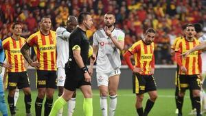 Federasyon kural hatası yok dedi, Beşiktaşlılar isyan etti