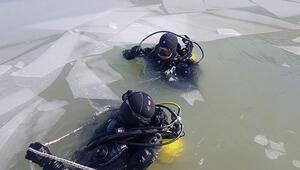 Gülistan Dokuyu bulmak için buz tutan göle dalış yaptılar