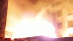 Sultangazi'de trafo alev alev yandı