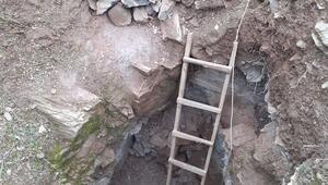 Akhisar'da defineciler suçüstü yakalandı