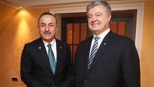 Bakan Çavuşoğlundan Münihte mevkidaşlarıyla diplomasi trafiği