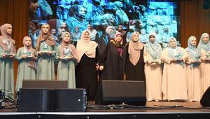 Almanya'da 'Kadınlar 16. Kur'an-ı Kerim Tilavet Yarışması' düzenlendi