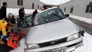 Ercişte kaza: Aynı aileden 5 kişi yaralı