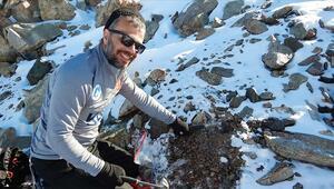 Sıcaklığın eksi 45 dereceyi gördüğü Antarktikada mikrometeorit aradılar