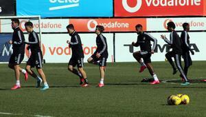 Beşiktaş, Trabzonspor maçı hazırlıklarını 3 eksikle sürdürdü