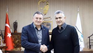 Hatayspor, Mehmet Altıparmak ile anlaştı