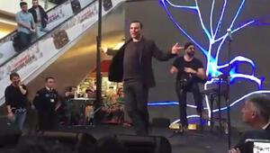 Rafet el Romandan olay Michael Jackson dansı