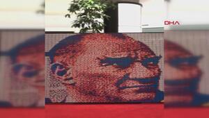 Rubik küplerle portre yapan Burakın hedefi dünya rekoru