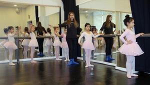 Çankayanın minikleri bale kurslarında derslere başladı