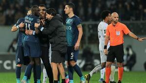 Futbol dünyası ırkçılığa maruz kalan Maregaya destek gösterdi