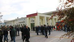 Sendikacı Karacanın öldürülmesine ilişkin dava ertelendi
