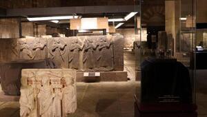 Türkiyeden kaçırılan iki eser, Anadolu Medeniyetler Müzesinde