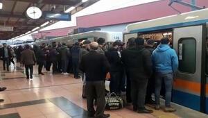 Son dakika: İstanbulda metro seferlerinde aksama
