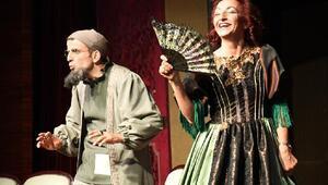 Moliere'in 'Cimri'si İnegölde sahnelendi
