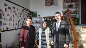 Başkan Eroğlu, doğum-bebek fotoğraf atölyesini ziyaret etti