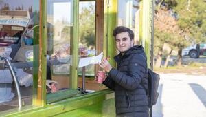 Mersin Üniversitesi girişine çorba büfesi yerleştirildi