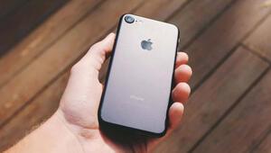 iPhone 9 geliyor, beraberinde ucuz AirPods da geliyor