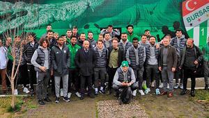 Bursasporu, basketbol takımı oyuncuları uğurladı