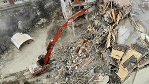 Elazığ'daki depremin ardından 920 binanın yıkımı tamamlandı