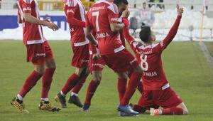 Alanyasporu devirip 3 gün izni kaptılar Sivassporda galibiyet sevinci...