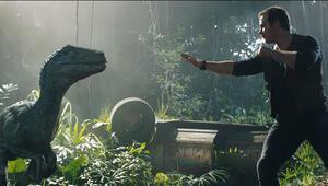 Jurassic World filminin oyuncuları kimler