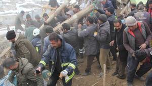 Son dakika haberler: Bakan Koca, Van depremi ile ilgili acı haberi duyurdu