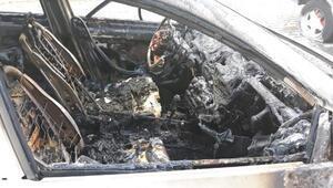 Fatihte kundaklanan araçlardaki hasar gündüz ortaya çıktı