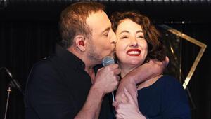 Cenk Eren ve Meltem Cumbuldan sürpriz düet