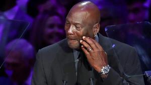 Kobe Bryantın veda töreninde Michael Jordan gözyaşlarını tutamadı