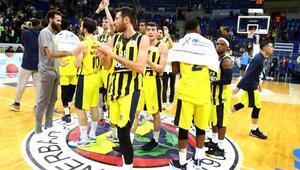 Fenerbahçe - Galatasaray derbisi salona taşınıyor