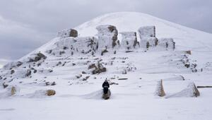 Kar altındaki Nemrut Dağını fotoğrafladılar
