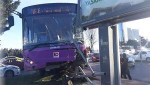 Son dakika haberi: Ataşehirde halk otobüsü kazası