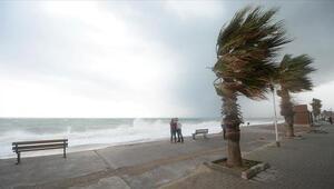 Meteoroloji ve AKOMdan kuvvetli fırtına uyarısı