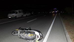 Motosikletli gençler kaza yaptı: 1 ölü, 1 yaralı