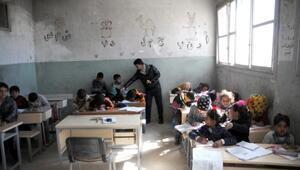 Tel Abyad'da 22 bin 457 öğrenciye eğitim