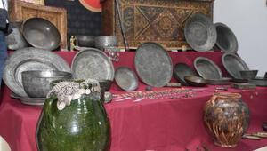 İzmirde 506 parça tarihi eser ele geçirildi