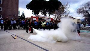 Sarıgölde dört okulda yangın eğitimi verildi