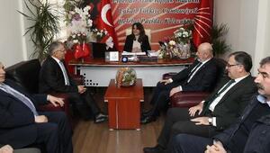 Büyükkılıçtan, CHP ve İYİ Partiye ziyaret