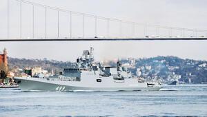Rus savaş gemileri Boğazlar'dan geçti