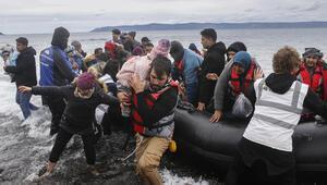 Sınır kapıları açıldı Akın akın Avrupaya