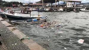 Ayvalıkta fırtına tekneleri batırdı