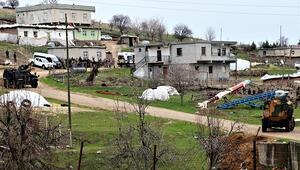 Diyarbakırda taş, sopa ve silahlı arazi kavgası: 8 yaralı
