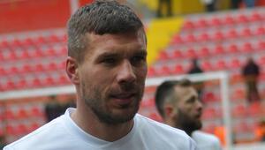 Lukas Podolski, Fenerbahçenin kabusu oldu