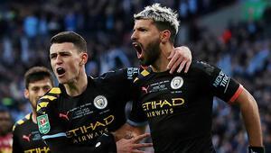 İngiltere Lig Kupasında şampiyon Manchester City