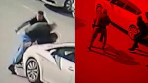 Gasbettikleri kişiyi bıçaklama anı kameraya yansıdı