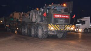 Sınır birliklerine tank ve obüs sevkiyatı görüntülendi