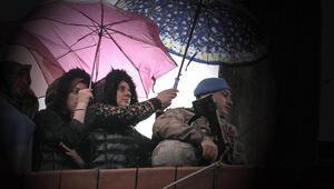 Duygulandıran karenin hikayesi ortaya çıktı: Bir şemsiyemizi esirgememişiz çok mu