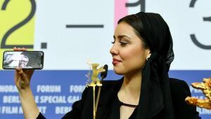 Berlinalede Altın Ayı ödülünü Sheytan Vojud Nadarad filmi kazandı