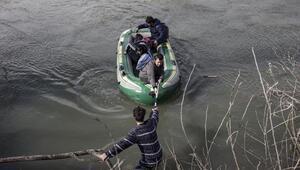 Meriç Nehrinde mahsur kalan göçmenleri AFAD kurtardı